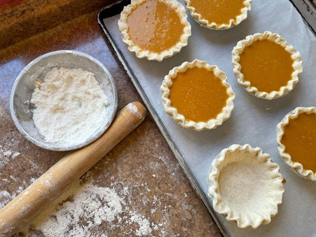 Who needs a pumpkin latte when you can have a pumpkin pie? We're baking up a small batch of pumpkin pies for you to devour. While supplies last! . . . #diemandfarm #wendellma #farmstore #shoplocal #familyfarm #westernma #franklincounty #pioneervalley #othersidema #visitwesternma #igers413 #newengland_igers #igersmass #massachusetts_igers #pumpkinpie #freshlybaked